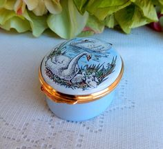 Crummles Hand Painted Enamel Trinket Box ~ England ~ Swan Ducklings Bird Duck #CrummlesCo Halcyon Days, Trinket Boxes, Trays, Swan, Enamel, England, Hand Painted, Bird, Swans