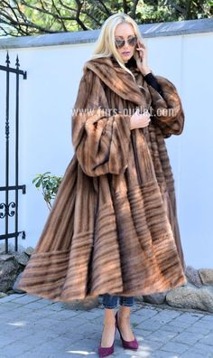 NEW BROWN ROYAL MINK FUR LONG SWINGER COAT CLASS OF SABLE CHINCHILLA FOX JACKET | Clothes, Shoes & Accessories, Women's Clothing, Coats & Jackets | eBay! Fox Fur Coat, Fur Coats, Trench Coats, Long Leather Coat, Fabulous Furs, Hot Outfits, Mink Fur, Glamour, Winter Coat