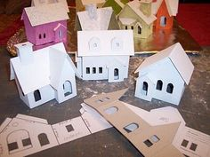 Casas de papel poco para un pueblo de Navidad .: