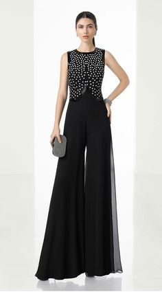 Lightweight onesie with beaded bodice and palazzo-style crepe Georgette trousers (accessorised with shawl), in black. Red Fashion, Fashion Pants, Hijab Fashion, Fashion Dresses, Dress Over Pants, Dress Up, Classy Outfits, Beautiful Outfits, Vestidos Mob