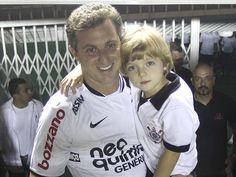 Corinthians Fans: Luciano Huck