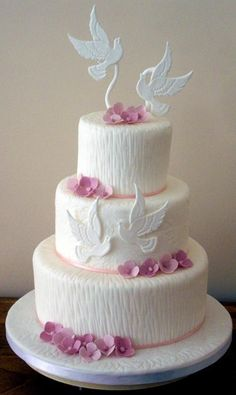 Cake Decorating: Dove wedding cake