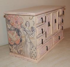 Large Jewelry Box,Vintage,Ivory Chalk Paint,Decoupaged,Jewelry Storage,Gift  ,Mom,Wife,Sister,Daughter,Grandma,Aunt, Gift | Large Jewelry Box, Jewelry  ...