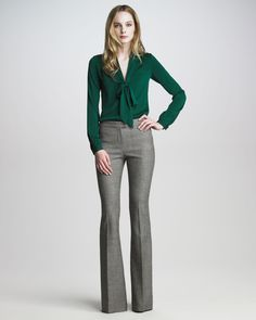 Rachel Zoe Wide-leg and palazzo pants for Women Rachel Zoe Wide-leg and palazzo pants for Women Rachel Zoe Hutton Houndstooth Pants in Gray (lt brown) Green Blouse Outfit, Grey Pants Outfit, Bluse Outfit, Plaid Pants, Gray Pants, Long Pants, Business Casual Outfits, Office Outfits, Fashion Clothes