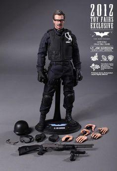 Lt. Jim Gordon Collectible Figurine (S.W.A.T. Suit Version)