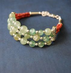 Light green agate bracelet