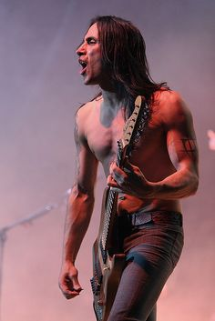 Nuno Bettencourt, Extreme  M3 Rock Festival -  Merriweather Post Pavillion -  Columbia, MD -May 30, 2009