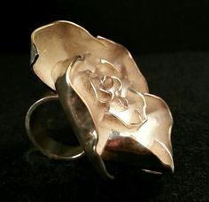 nu : Big Silver flower ring // Anillo flor grande de plata.