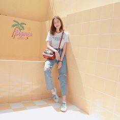Basic Outfits, Korean Outfits, Trendy Outfits, Cute Outfits, Korea Fashion, Asian Fashion, Teen Fashion, Fashion Outfits, How To Pose