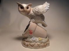 Artmark owl on flower pot  Taiwan   Excellent by Andersonsvintage, $12.00