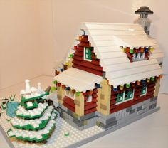 LEGO Ideas - Family Winter Cabin Lego Gingerbread House, Gingerbread Christmas Decor, Christmas Decorations, Cabin Christmas, Lego Christmas Sets, Christmas Scenery, Lego Winter Village, Lego Village, Lego Projects