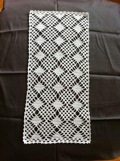 Thread Crochet, Filet Crochet, Crochet Doilies, Ann Louise, Crochet Table Runner, Tablerunners, Projects To Try, Textiles, Crochet Patterns