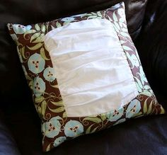 Ruffly Pillow | AllFreeSewing.com