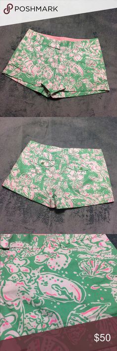 NWOT Lilly Pulitzer Barclay shorts-size 4! NWOT-no flaws! Size 4 Lilly Pulitzer Barclay shorts. 3 inch inseam. Medium green, white and pink beachy print. Seashell, sand dollar and flower print. Has belt loops and pockets. Cuffed bottom edges. Beautiful shorts! Great for the summer! Originally $64! Bundle and save or send reasonable offers :) Lilly Pulitzer Shorts