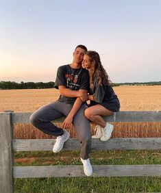 Wanting A Boyfriend, Boyfriend Goals, Future Boyfriend, Perfect Boyfriend, Relationship Goals Pictures, Cute Relationships, Cute Couples Goals, Couple Goals, Cute Couple Pictures