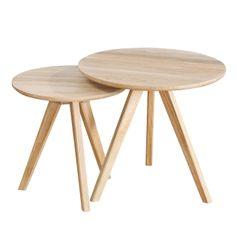 Nordik satsbord i vitoljad ek från Select21. Ett modernt och enkelt bord med skandinavisk desig...