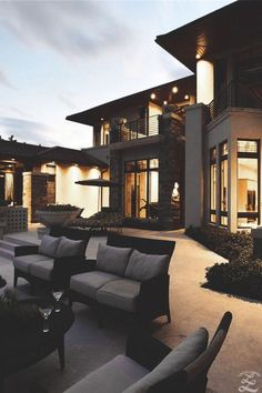 House goals cute but psycho luxury homes exterior dream house exterior luxury homes dream house goals . Dream Home Design, Modern House Design, My Dream Home, Dream Big, Luxury Modern Homes, Luxury Homes Dream Houses, Modern Interior, Dream Homes, Modern Mansion