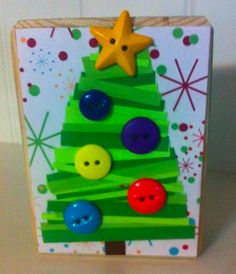 Cute button Christmas Tree we made and sale for $7. #buttons #block #Christmas #holiday #Christmastree #tree