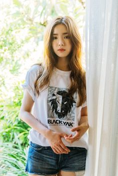 Actress Shin Se-kyung modeled for South Korean outdoor brand Black Yak on the Indonesian island of Bali. Shin Se Kyung, Korean Actresses, Korean Actors, Kdrama, Bride Of The Water God, Park Min Young, Chinese Actress, Hey Girl, Kim Woo Bin