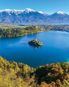 The waters. The mountains. A picture-perfect castle set on a tiny picture-perfect island. Is this heaven? Close its #Slovenia.