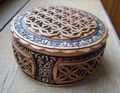Russian decorative birch bark box