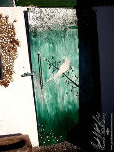 Antike, kunstvolle Wohneinrichtungskreationen & Lifestyle Artikel! Shabby Chic, Vintage Dekorationselemente & wunderschön per handbemalte Antiquitäten & Einrichtungsgegenstände! Speziell verwendete hochwertige Farben sind stoß- und schlagfest, blockfest, licht- und wetterbeständig für In- & Outdoor!