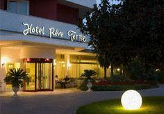 Siamo sempre pronti ad accoglierti!!!!  www.hotelreve.com