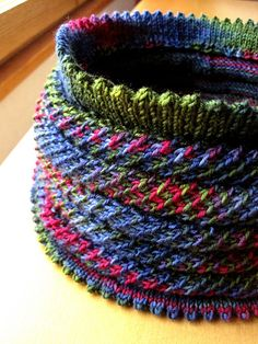 Villilanka Willow cowl- this is really fantastic
