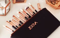 ZOEVA ROSE GOLDEN LUXURY & COMPLETE EYE SET MAKE-UP BRUSHES BEAUTY REVIEW NAPPY HAIRZ