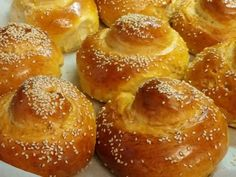Tsoureki for fasting ( dairy free no egg) Greek Sweets, Greek Desserts, Greek Recipes, Vegan Desserts, Greek Easter Bread, Greek Cake, Cypriot Food, Food Network Recipes, Cooking Recipes