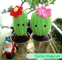 Para hacer este cactus amigurumi tan majo, necesitas Lana algodón verde Lana algodón marrón Lana para el color de la flor Ganchillo de 3,5mm´ Ojos de seguridad Relleno algodón Aguja para cose Pegamento Macetita - ¡Búscame en las redes sociales! Facebook. Tutorial, Amigurumi, Tuto,