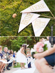 here comes the bride sign | VIA #WEDDINGPINS.NET