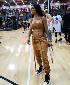"""Teyana Taylor is my wife 😭😩😻"" Cute Swag Outfits, Tomboy Outfits, Chill Outfits, Black Girl Fashion, Tomboy Fashion, Fashion Outfits, Urban Fashion Girls, Boujee Outfits, Teen Fashion"