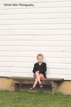 little girl | bench | outdoor | white wall | south lyon photographer | outdoor photography