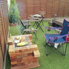 Outdoor Chairs, Outdoor Furniture Sets, Outdoor Decor, Barbacoa, Diy Picnic Table, Marble Room, Open Rose, Balcony Design, Garden Pool