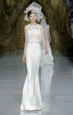 Pronovias Wedding Dress // // #Eisemanbridal