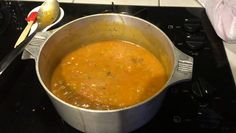 Adding my stock and soup base, getting close to dinner time 😎 #FamilyDinnerNight #omnomnomnom https://video.buffer.com/v/5afb7e4de4dafa193082a046