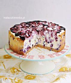 Łatwy Mega Sernik Jagodowy Sweet Recipes, Cake Recipes, Dessert Recipes, Desserts, Good Food, Yummy Food, Polish Recipes, Dessert Bread, Food Cakes