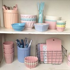 [New] The 10 Best Home Decor (with Pictures) - Details Inspiração Cute Kitchen, Kitchen Items, Kitchen Gadgets, Vintage Kitchen, Diy Wall Decor, Bedroom Decor, Home Decor, Cocina Shabby Chic, Kitchen Organization Pantry