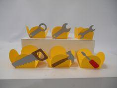 kit de forminhas produzido em papeis de alta gramatura <br> <br>contem 6 forminhas decoradas, sendo 1 de cada modelo.