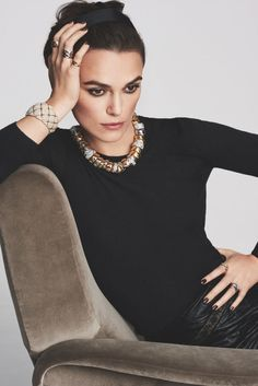 Keira Knightley is the new face of Chanel's Coco Crush jewellery line - Vogue Nederland