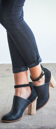 Dear stitchfix stylist: I need ankle booties I can wear in the fall with short dress and tights (or leggings) love the open part of these- not sure it works with tights? Maybe footless. Need a heel but not high!