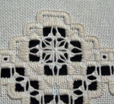 Embroidery Designs, Types Of Embroidery, Learn Embroidery, Embroidery For Beginners, Embroidery Techniques, Hardanger Embroidery, Embroidery Stitches, Cross Stitches, Geek Perler