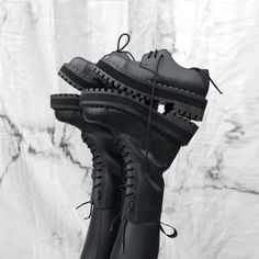 @deathlyberry Steel Cap Boots, All Black, Black And White, Alternative Girls, Grunge Outfits, Platform Shoes, Combat Boots, Vegan, Leather