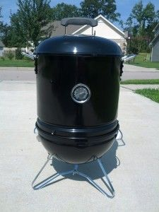 Dragging a full size smoker tailgating can be a pain. Here we show you how to make a smaller more portable smoker perfect for tailgating. Portable Smoker, Diy Smoker, Small Smoker, Smoker Trailer, Travel Trailer Remodel, Camping Gadgets, Wood Burner, Charcoal Grill, Tailgating Ideas