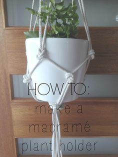 Handmade Christmas gift idea: Macramé Plant Hanger. The How To Tutorial