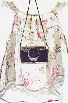 lovely photo styling ideas for my vintage camera collection