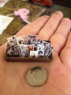 Cute miniature family photos in 1/12 scale