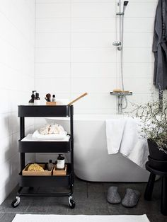 ikea raskog as bathroom storage - can be moved around the room if space is v small Bathroom Cart, Diy Bathroom Decor, Bathroom Interior, Small Bathroom, Ikea Bathroom Storage, Bathroom Ideas, White Bathroom, Organized Bathroom, Neutral Bathroom