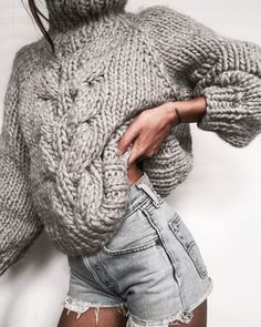 The Campfire Sweater Knitting Pattern, Chunky Knit Sweater Pattern Knit Fashion, Sweater Fashion, Grey Fashion, Knit Sweater Outfit, Chunky Knit Jumper, Chunky Knits, Chunky Knit Sweaters, Casual Summer Outfits For Women, Outfit Summer
